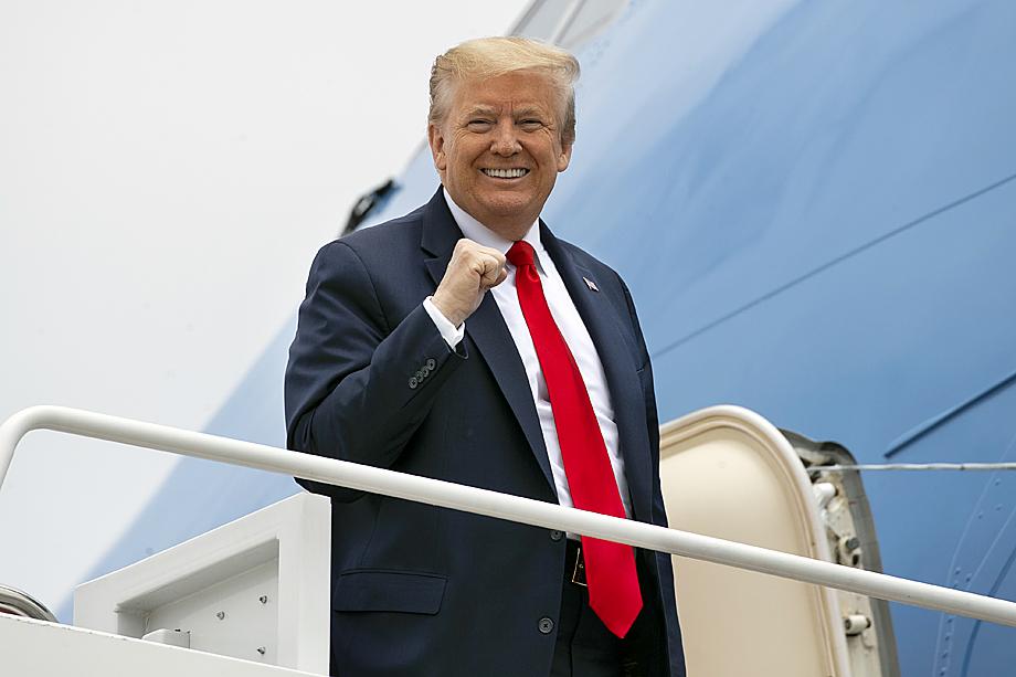 Трамп зовёт в G7 Россию по понятной причине: американцев беспокоят претензии Китая на мировое лидерство, поэтому Вашингтону интересно перетянуть Россию в антикитайскую коалицию.