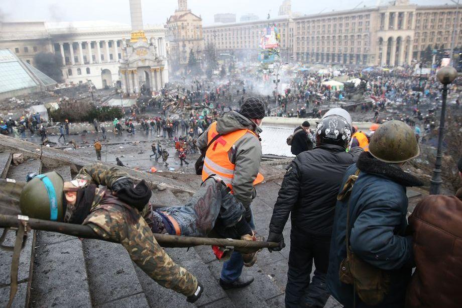 Даже относительно свежий пример Украины, повернувшейся в сторону баек с Запада, Белоруссию ничему не научил.