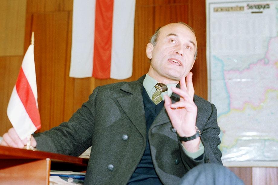 В 1994 году глава Белорусского народного фронта Зенон Позняк набрал на президентских выборах почти 13 процентов голосов.
