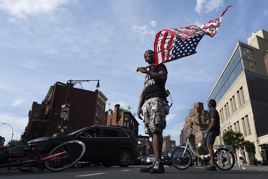 Black Lives Matter полностью разрушило миф об успешности и жизнеспособности американской политики.