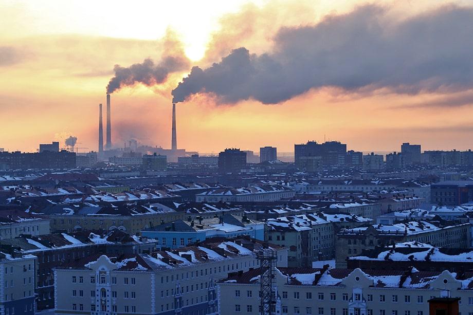 В 2019 году транспорт и предприятия Красноярского края выбросили в атмосферу порядка 4,937 млн тонн загрязняющих веществ.