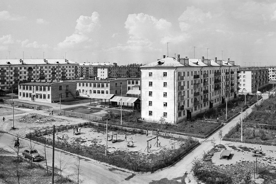 Сколько бы ни ругали пресловутые хрущёвки, они до сих пор – образец успешной градостроительной политики.