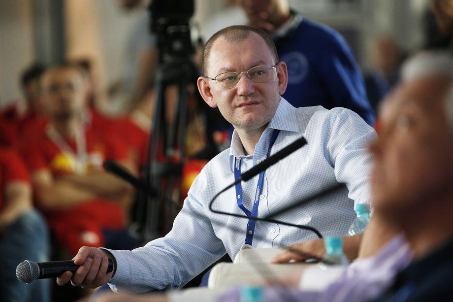Куратором парламентских партий по организации текущих региональных выборов стал Андрей Ярин.