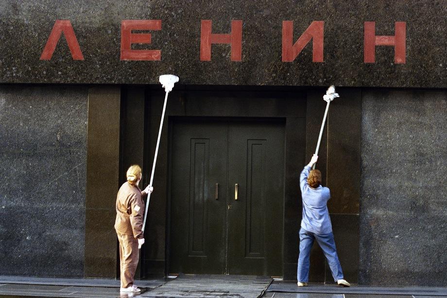 Союз архитекторов России объявил конкурс концепций Мавзолея без Ленина. Регистрация участников будет проводиться до 19 октября.