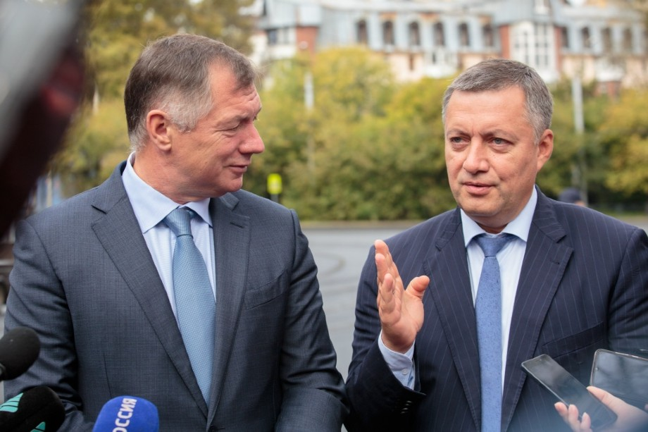 Врио Игоря Кобзева ощутимо поддерживал Кремль.