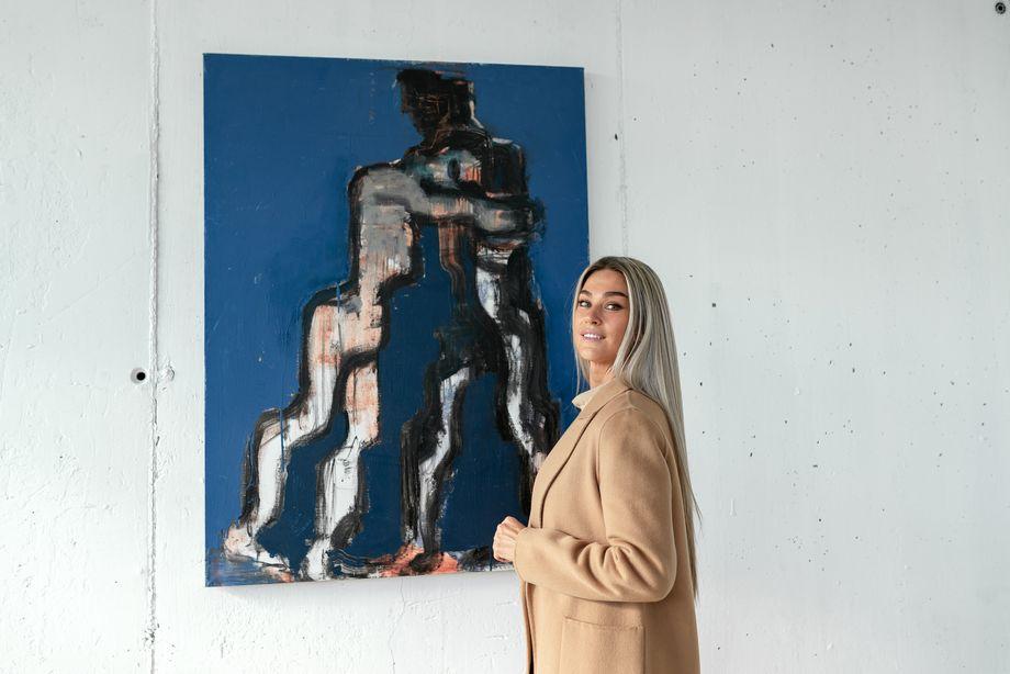 Частью мероприятия стала выставка картин Сергея Лаушкина.