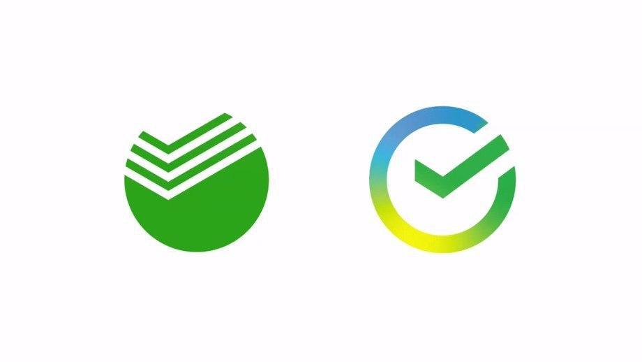 Банк изменил свой классический логотип на логотип с зелёным, жёлтым и синим цветом и галочкой в круге.