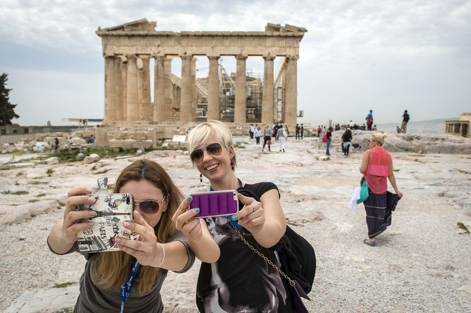 Греция предлагает открыть авиасообщение с Афинами, Салониками и Ираклионом.