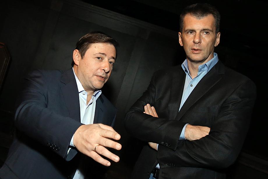 Тороп не предусмотрел, что конфликт с Михаилом Прохоровым (на фото справа) и Александром Хлопониным (на фото слева) не приведёт ни к чему хорошему.
