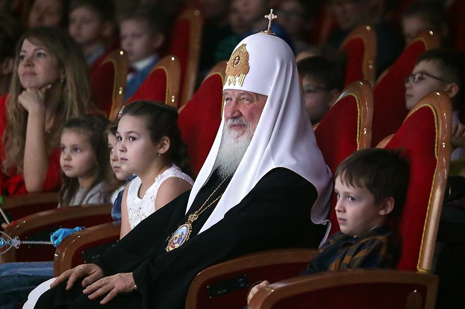 Патриарх направил председателю Госдумы РФ письмо с предложением провести общественное обсуждение законопроекта, касающегося регулирования процесса изъятия детей из семьи.