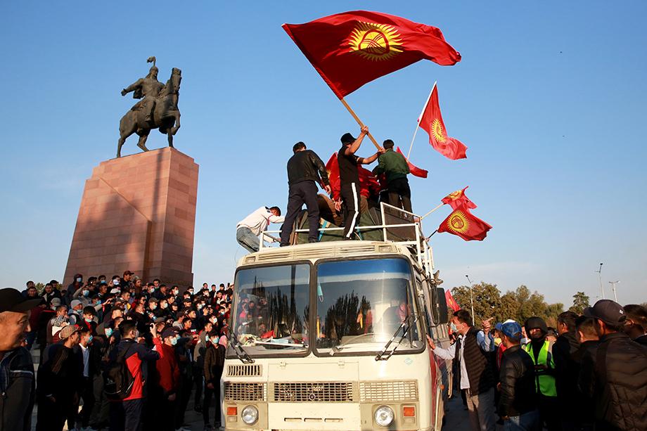 Во время столкновений в Бишкеке пострадали 590 человек, есть один погибший.