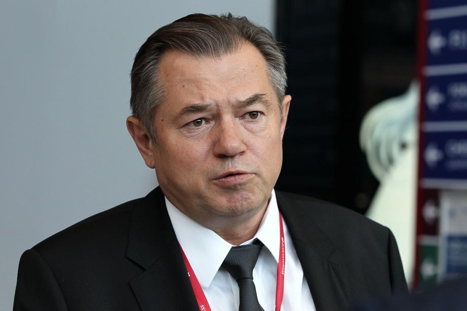 Критика действий ЦБ пресекалась до недавнего времени строго: например, Сергею Глазьеву открытым текстом было предложено заткнуться.