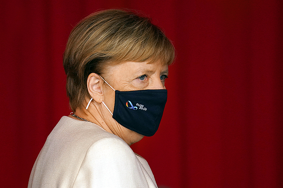 Фрау Меркель анонсировала ужесточение мер безопасности по всей территории Германии.
