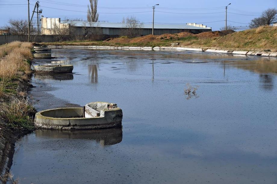 Строительство канализационных очистных сооружений «Южные», одного из самых жизненно важных объектов для Крыма, уже несколько лет сопровождается скандальными историями.