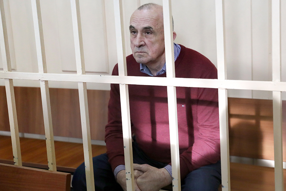 Соловьёв с 2014 по 2016 год получил от бизнесменов взятки на общую сумму свыше 140 млн рублей.
