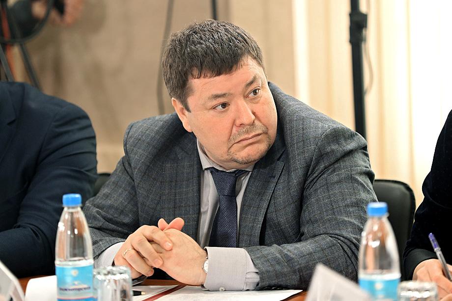 Глава Крыма Сергей Аксёнов уволил с должности министра здравоохранения республики Игоря Чемоданова из-за огромного количества жалоб на отказ в госпитализации.