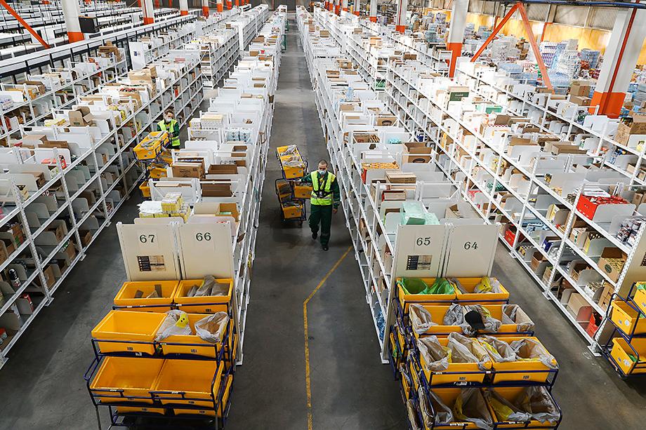 Переход покупателей в онлайн мотивировал развитие «фулфилмента» – комплекса операций по сопровождению товара клиента с момента заказа до выдачи.
