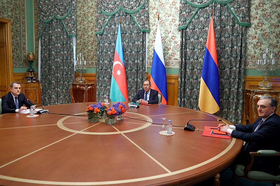 Хикмет Гаджиев: «Когда проходили переговоры в Москве, народ был обеспокоен тем, что будет прекращён огонь».