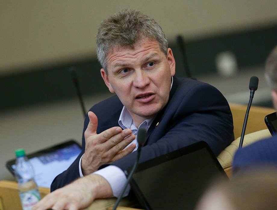 Инициировал проверку депутат Госдумы Алексей Куринный, направивший письма на имя президента, премьер-министра, генерального прокурора и в Роспотребнадзор.