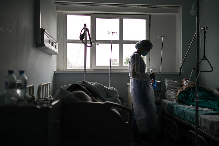 Арсен Шаяхметов: «Ситуация показывает, с одной стороны, «управляемость» сферы здравоохранения со стороны региональных властей в части маскировки масштабов заболевания. С другой стороны – что регионы не в состоянии самостоятельно противостоять вирусу».