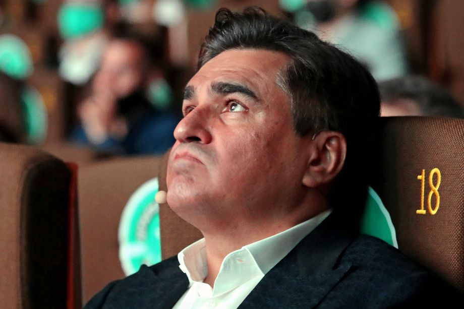 Владельца Faberlic Алексея Нечаева, который также вёл переговоры с «Родиной» в начале года, рекрутировал Кириенко для создания «Новых людей».