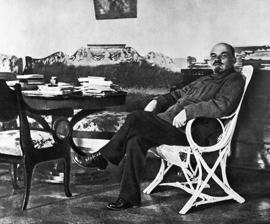 Владимир Ильич Ленин. Горки.