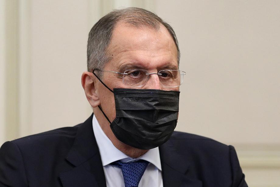 Министр иностранных дел России работает дистанционно.