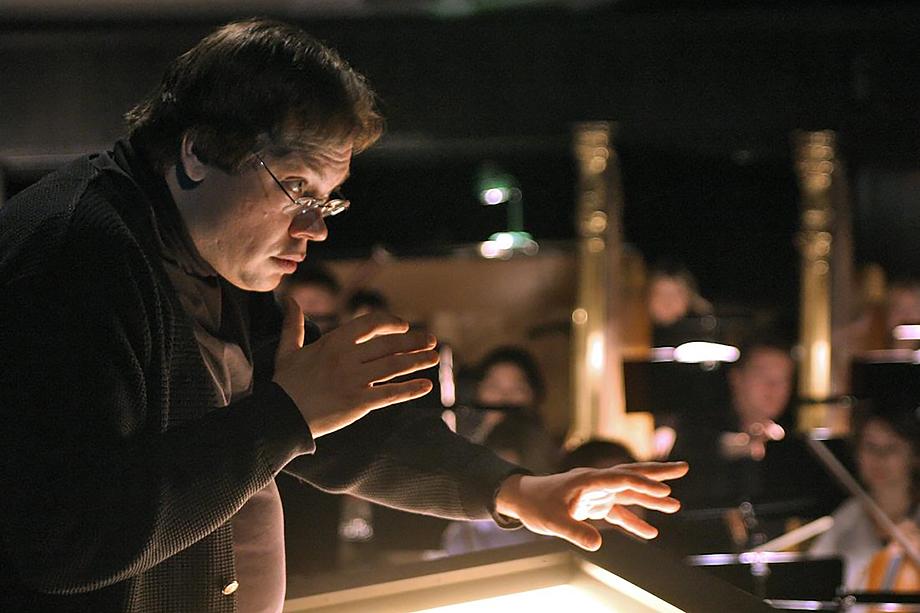 Главным дирижёром Михайловского театра Ведерников стал в 2019 году.