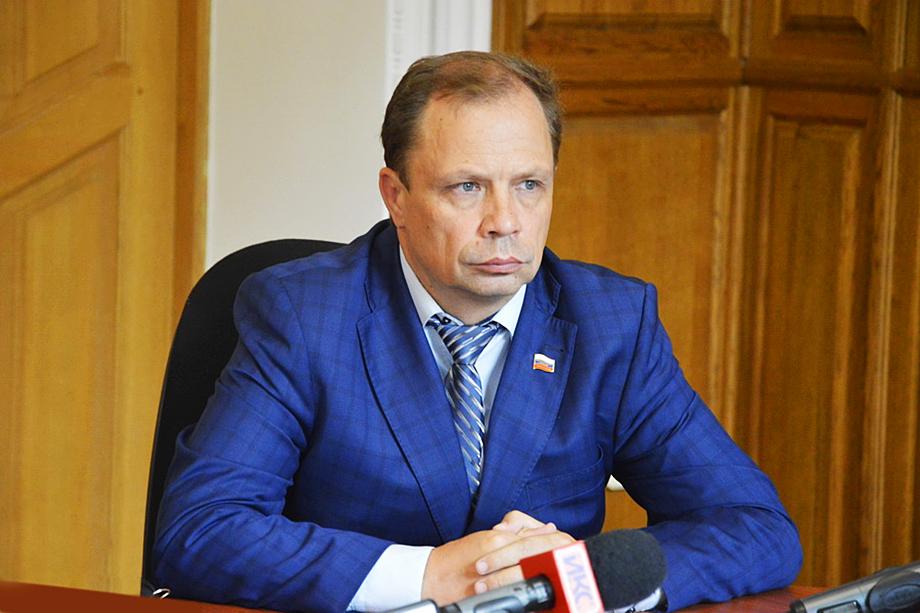 В ведении Александра Кулагина останутся социальная защита, здравоохранение и государственная инспекция труда.