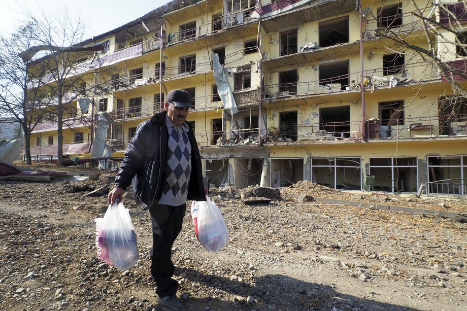 Азербайджан сохранил за собой занятый накануне Шуши.