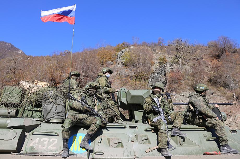 Россия начала развёртывание миротворческих сил в Нагорном Карабахе с 10 ноября.