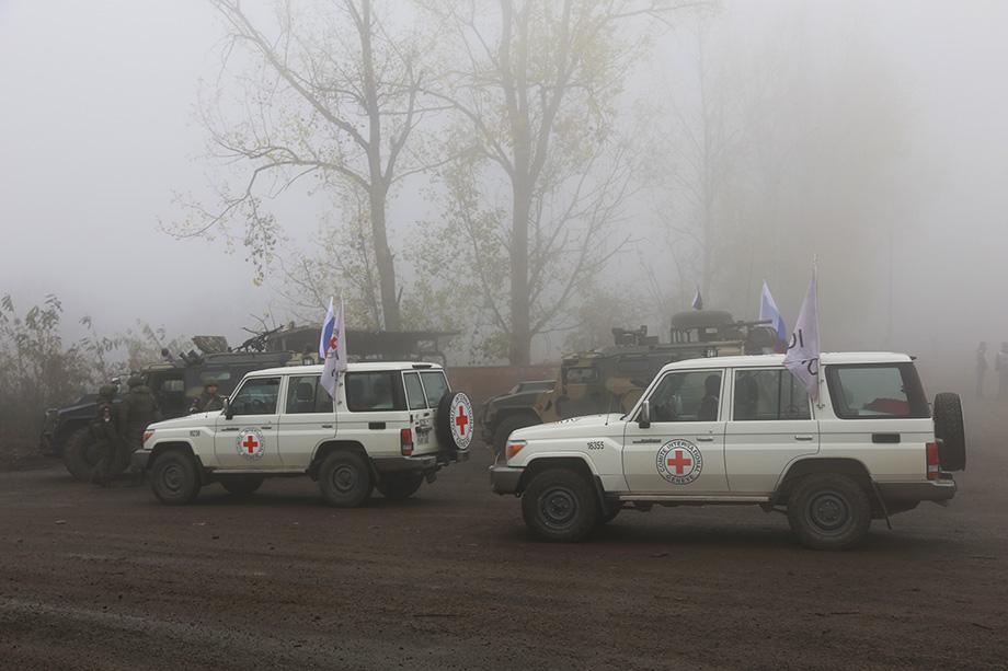 По информации российских миротворцев, личный состав военнослужащих Азербайджана был без оружия.