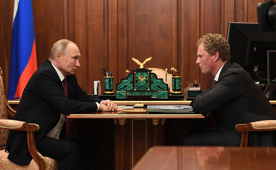 Глава ФНС Даниил Егоров сообщил президенту, что главной задачей ведомства является создание комфортных условий работы для россиян.