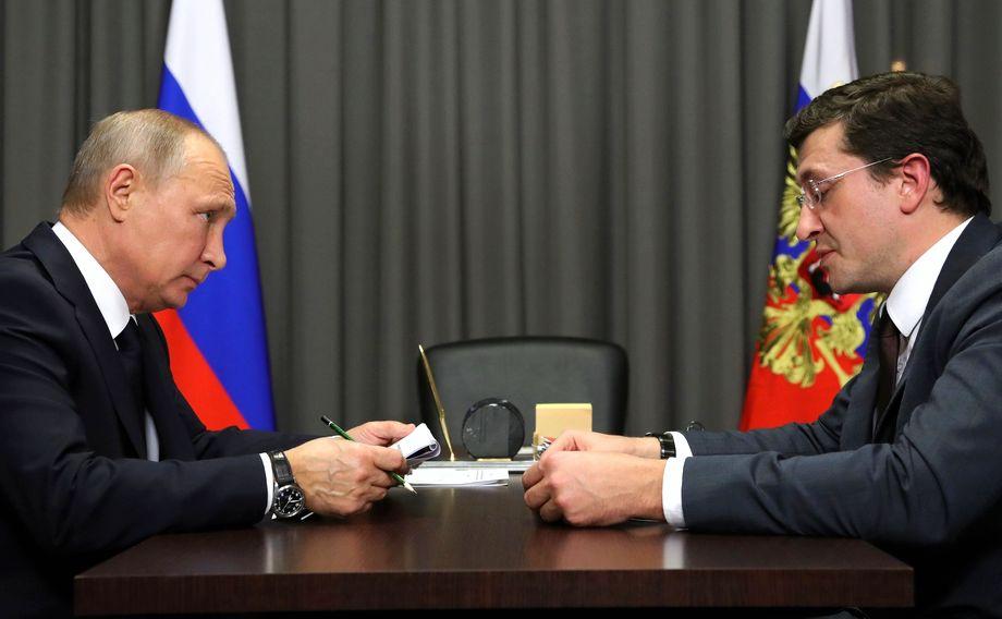 Запланирована личная встреча президента с губернатором Нижегородской области Глебом Никитиным (на фото справа).