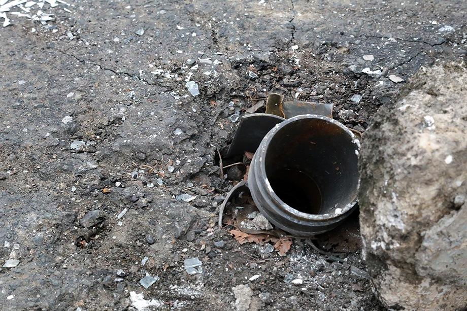 В Степанакерте после бесконечных бомбёжек буквально не осталось ни одного живого места.