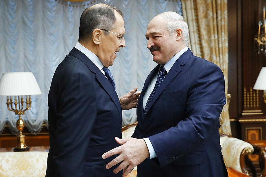 К своей многовекторности Лукашенко добавил главный козырь – поддержку России.