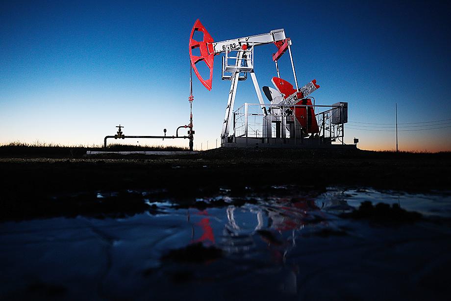 Спустя год после введения в 2019 году допакциза на нефтепродукты Минэнерго и Минфин озвучили диаметрально противоположные оценки результата этого нововведения.