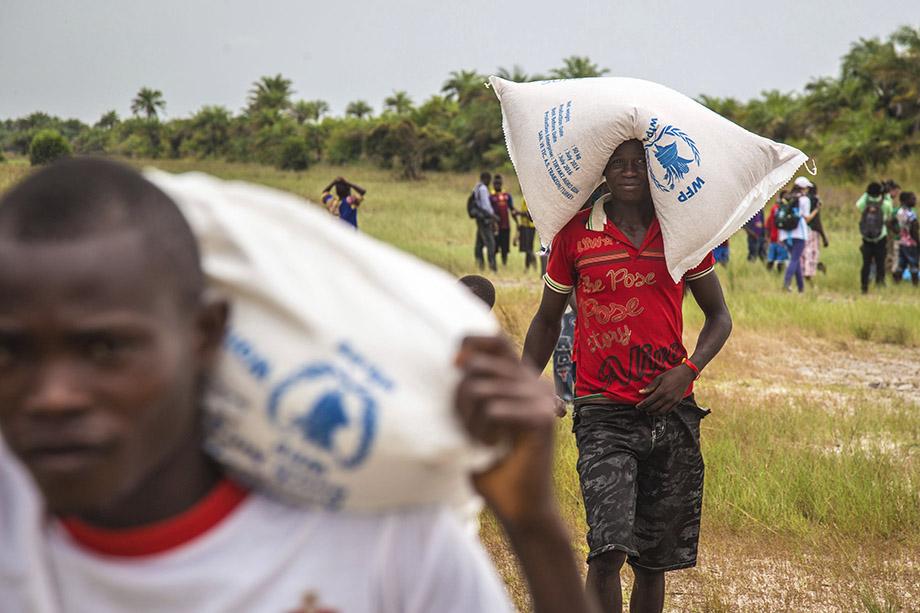 Ни для кого не секрет, что при реализации гуманитарных программ ООН до конечного адресата доходит 40–60 процентов выделенных средств.