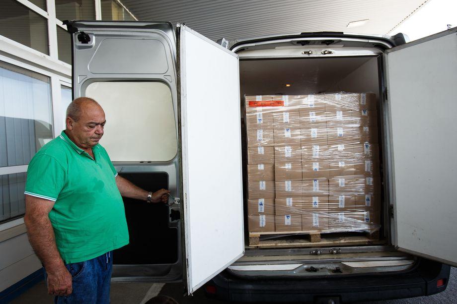 Венгерское правительство оказывает Закарпатью гуманитарную помощь.