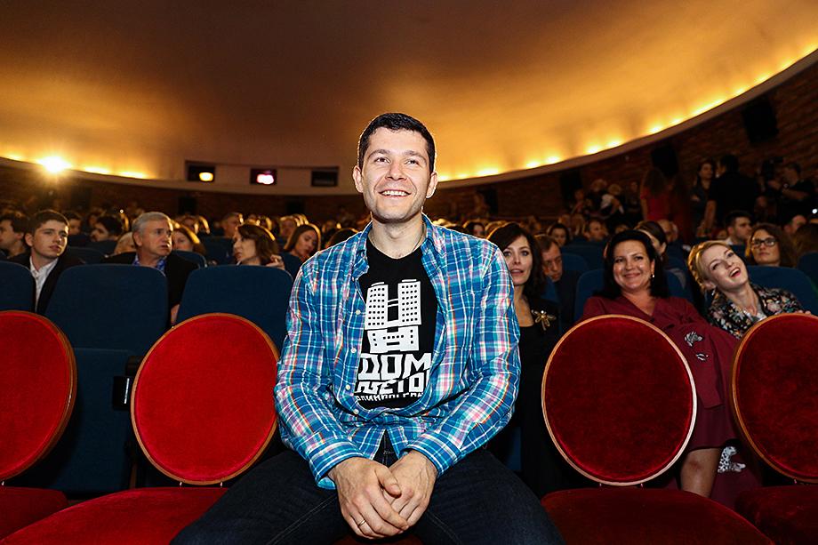 Антон Алиханов на открытии фестиваля короткометражного кино «Короче».