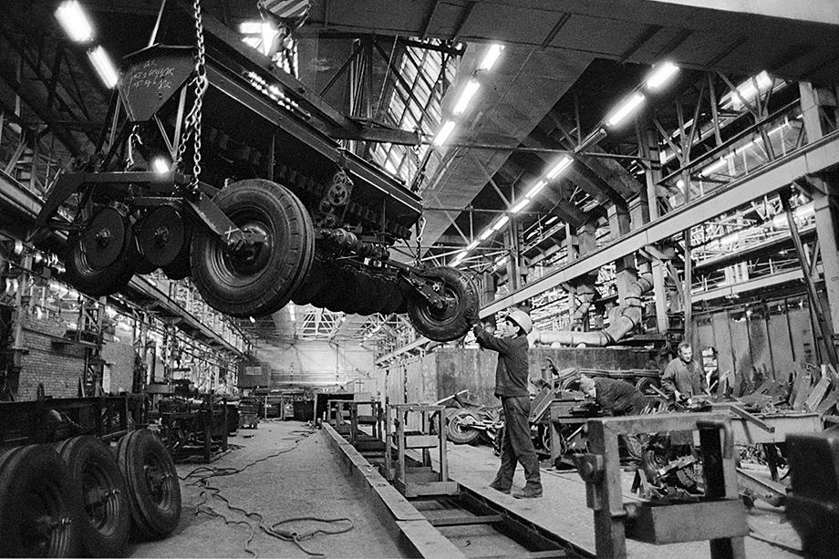 Огромные производственные мощности «Сибсельмаша» были доведены горе-руководителями до печального состояния.