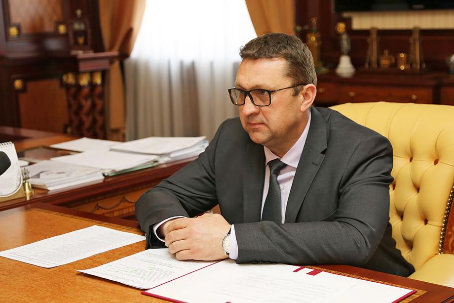 Александр Акшатин будет освобождён от должности 28 декабря 2020 года.
