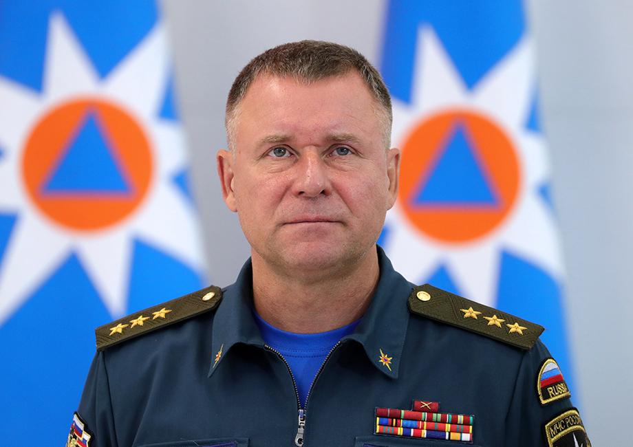 Главе МЧС России Евгению Зиничеву присвоено звание генерала армии.