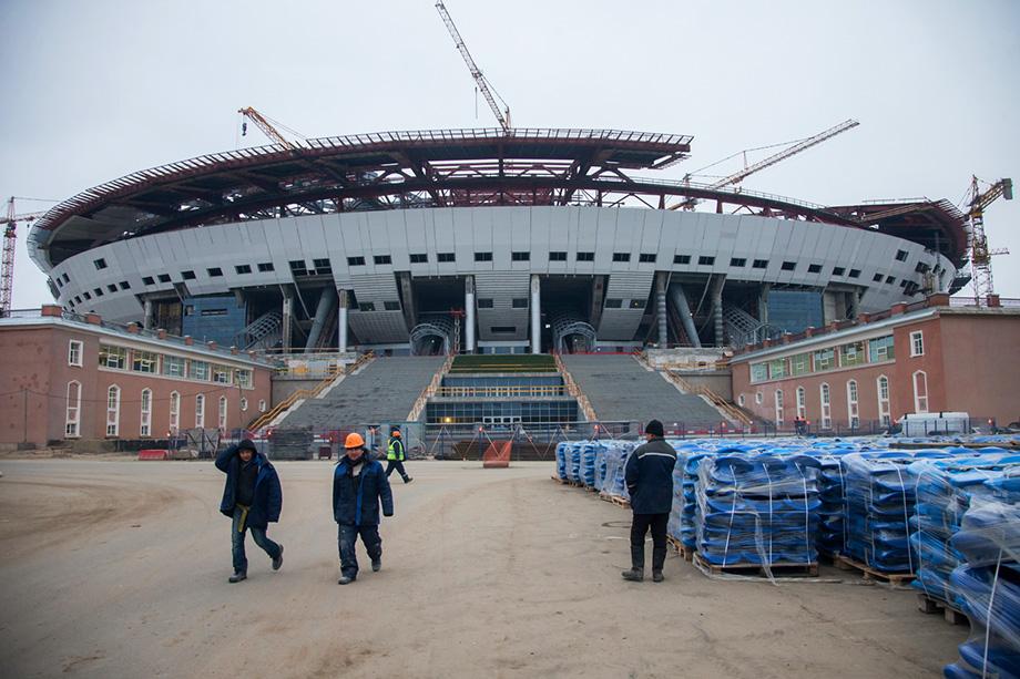 При строительстве «Газпром Арены» в Санкт-Петербурге было заведено дело о хищении 180 млн рублей.