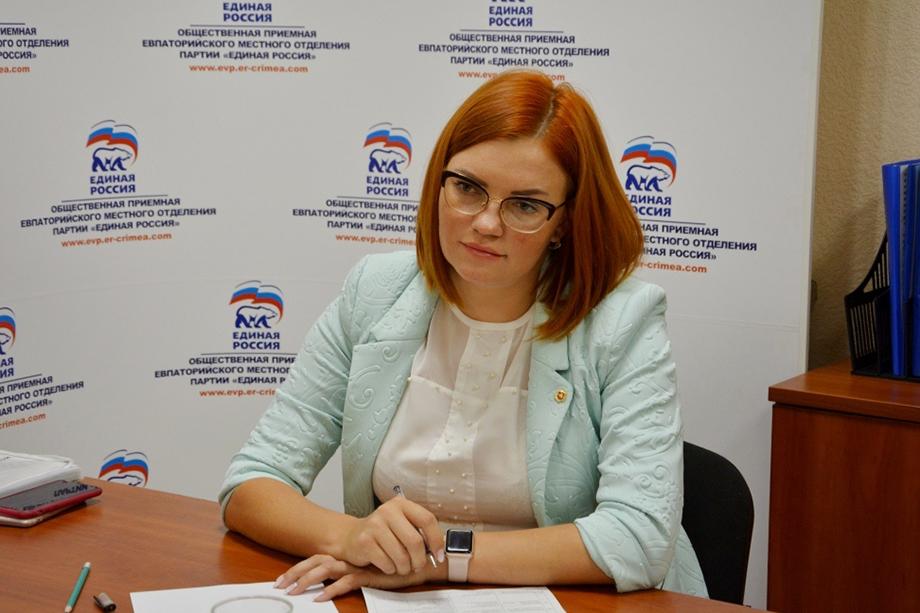 Назначение главы муниципального совета Евпатории Олеси Харитоненко членом Госсовета наделало немало шума в Крыму.