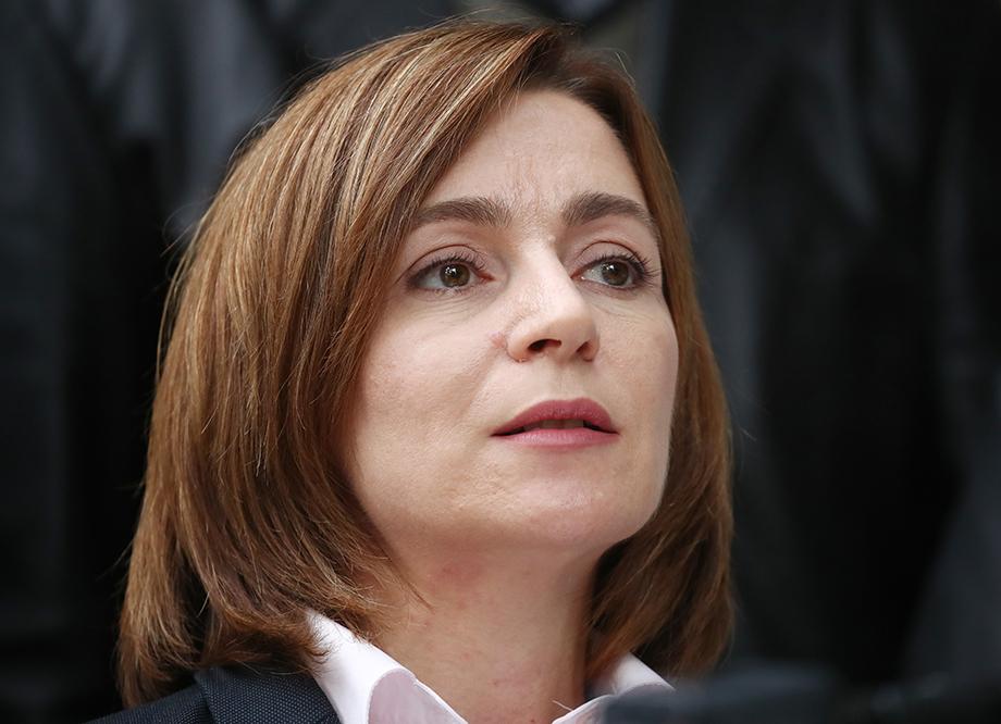 Кандидат от партии «Действие и солидарность», бывший премьер-министр Молдавии Майя Санду одержала победу на выборах президента страны 16 ноября.
