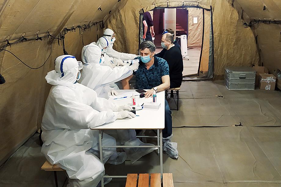 Не на руку руководству «Газпрома» сыграл и коронавирус: в новостных сводках то и дело появлялись сообщения о вспышках заболевания на объектах компании.