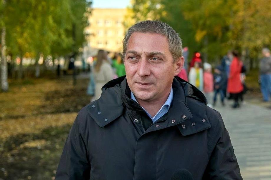 Игорь Васильев стал самым высокооплачиваемым руководителем «Тагилдорстроя» – его среднемесячная зарплата составила 182,3 тыс. рублей.