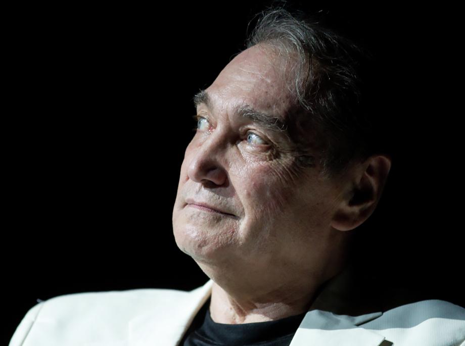 На счету Владимир Коренева около 30 ролей в кино и десятки ролей в театре.
