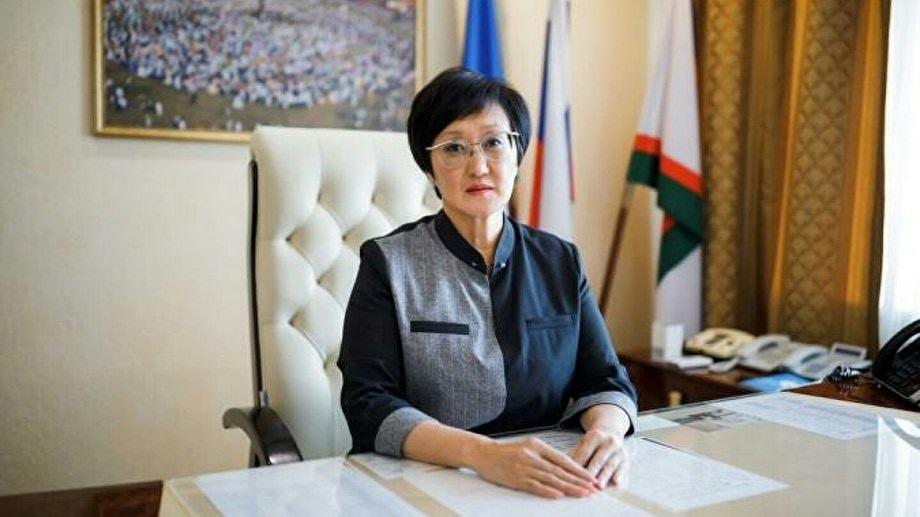 В администрации Якутска уточнили, что гордума примет решение об отставке Авксентьевой 14 января.